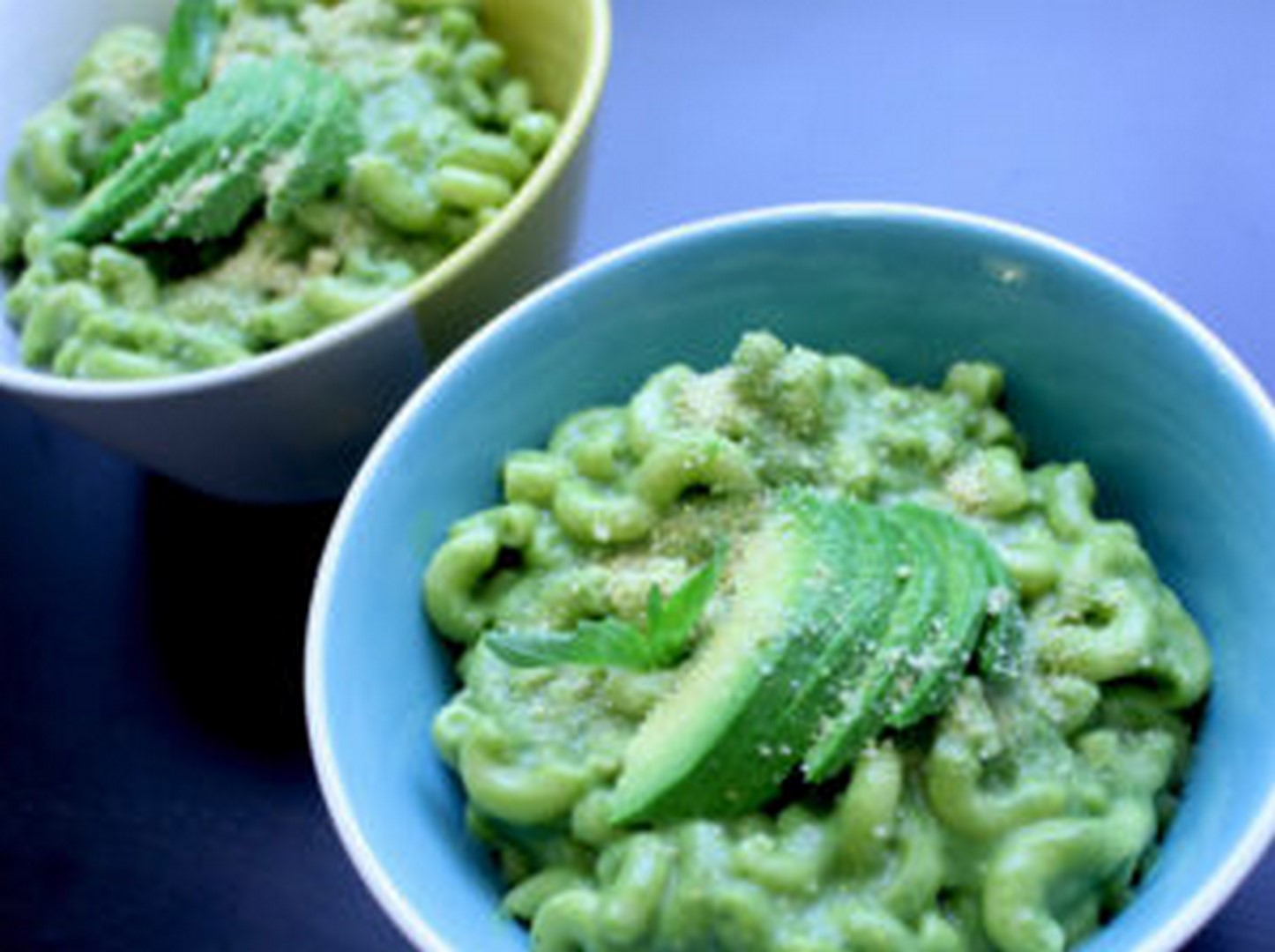 vegan avocado mac