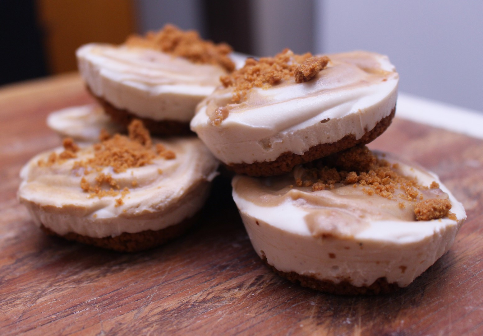 No Bake Biscoff Cookie Butter Cheesecake Bites Vegan