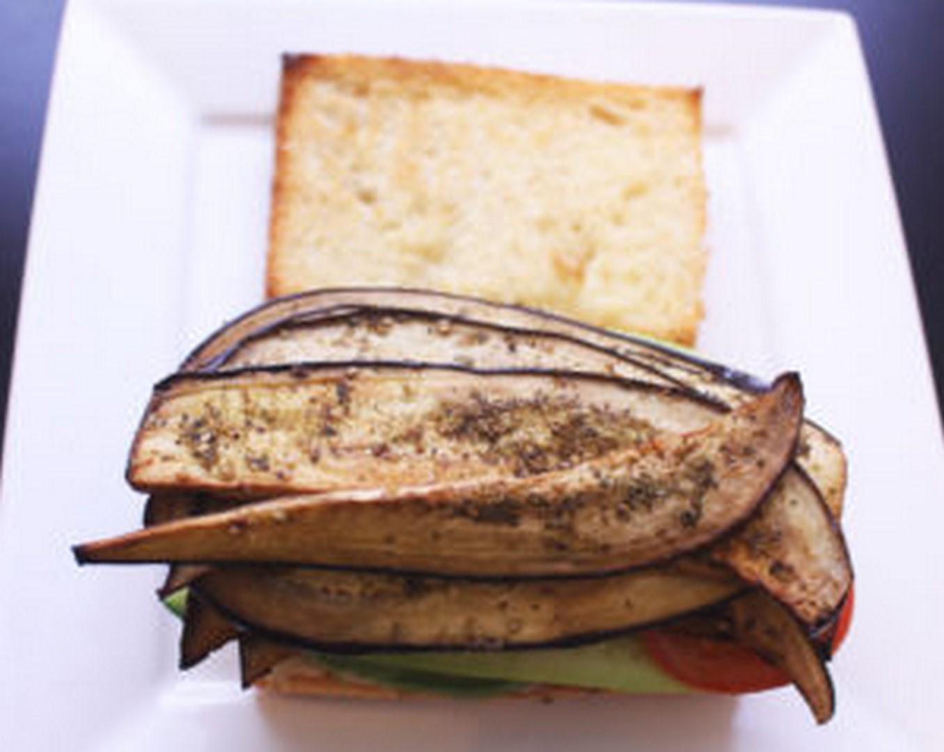 mediterranean zaatar-spiced eggplant blt