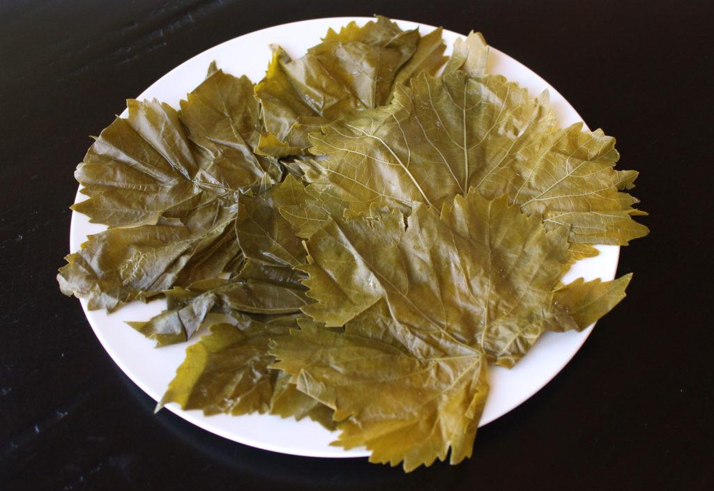 yalanji dolma dolmas dolmades stuffed grape leaves rolling tutorial vegan gluten free vegetarian arabic greek zenanzaatar recipe