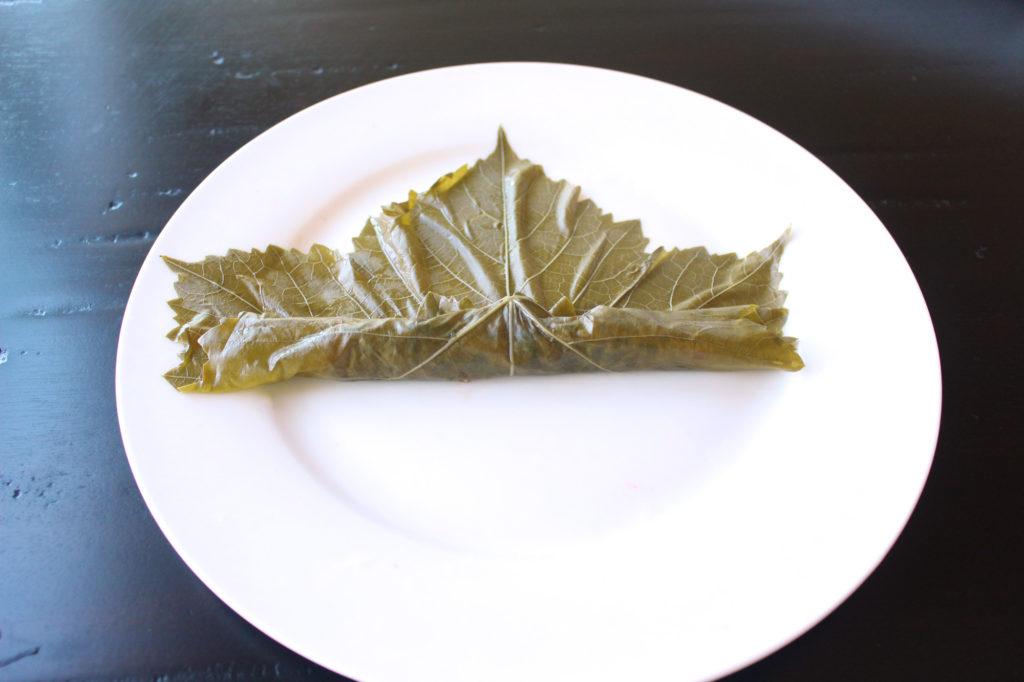 yalanji dolma dolmas dolmades stuffed grape leaves rolling tutorial vegan gluten free vegetarian arabic greek zenanzaatar recipe