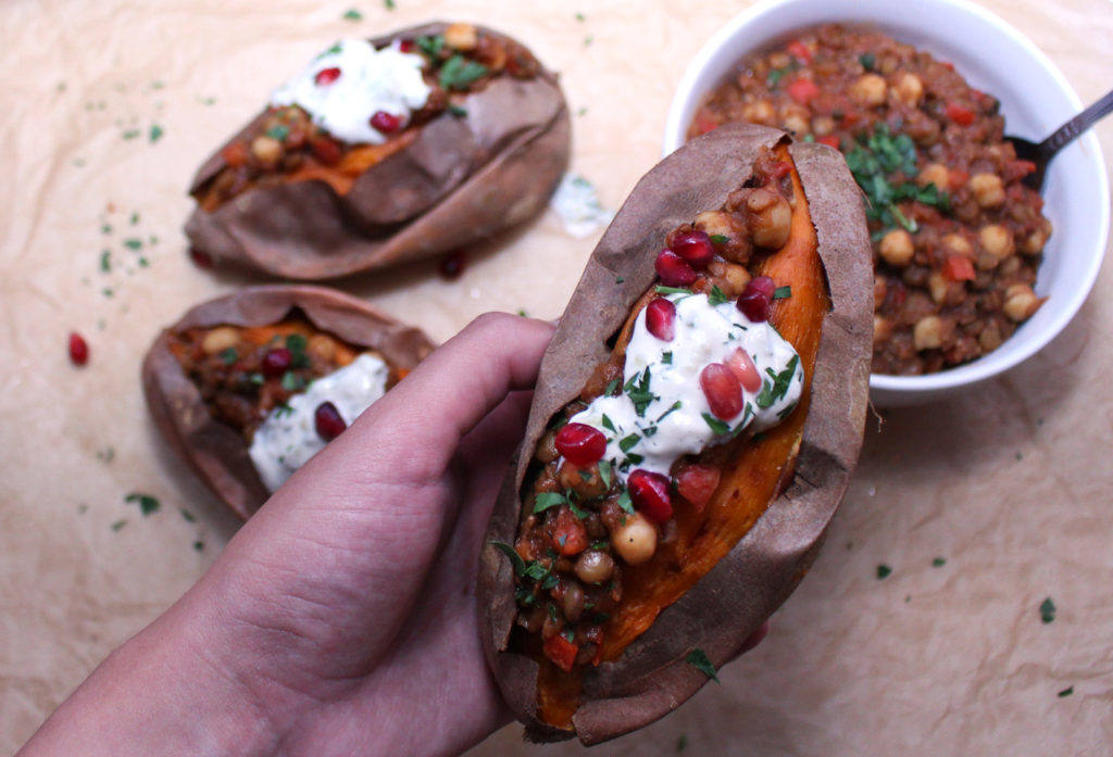 mediterranean vegan vegetarian chili stuffed sweet potatoes chickpea lentil tzatziki gluten free roasted zenanzaatar food blog recipe