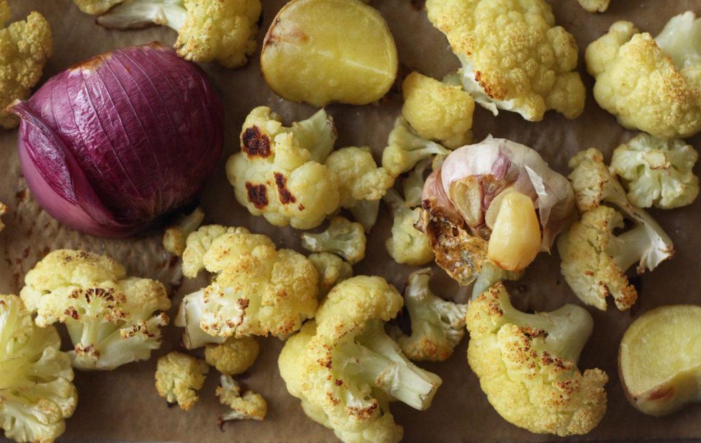 potato corn cauliflower chowder vegan vegetarian gluten free rosemary bisque soup zenanzaatar food blog recipe